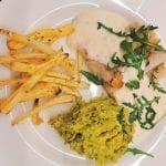 Blåkveite med hvit saus og pastinakk fries