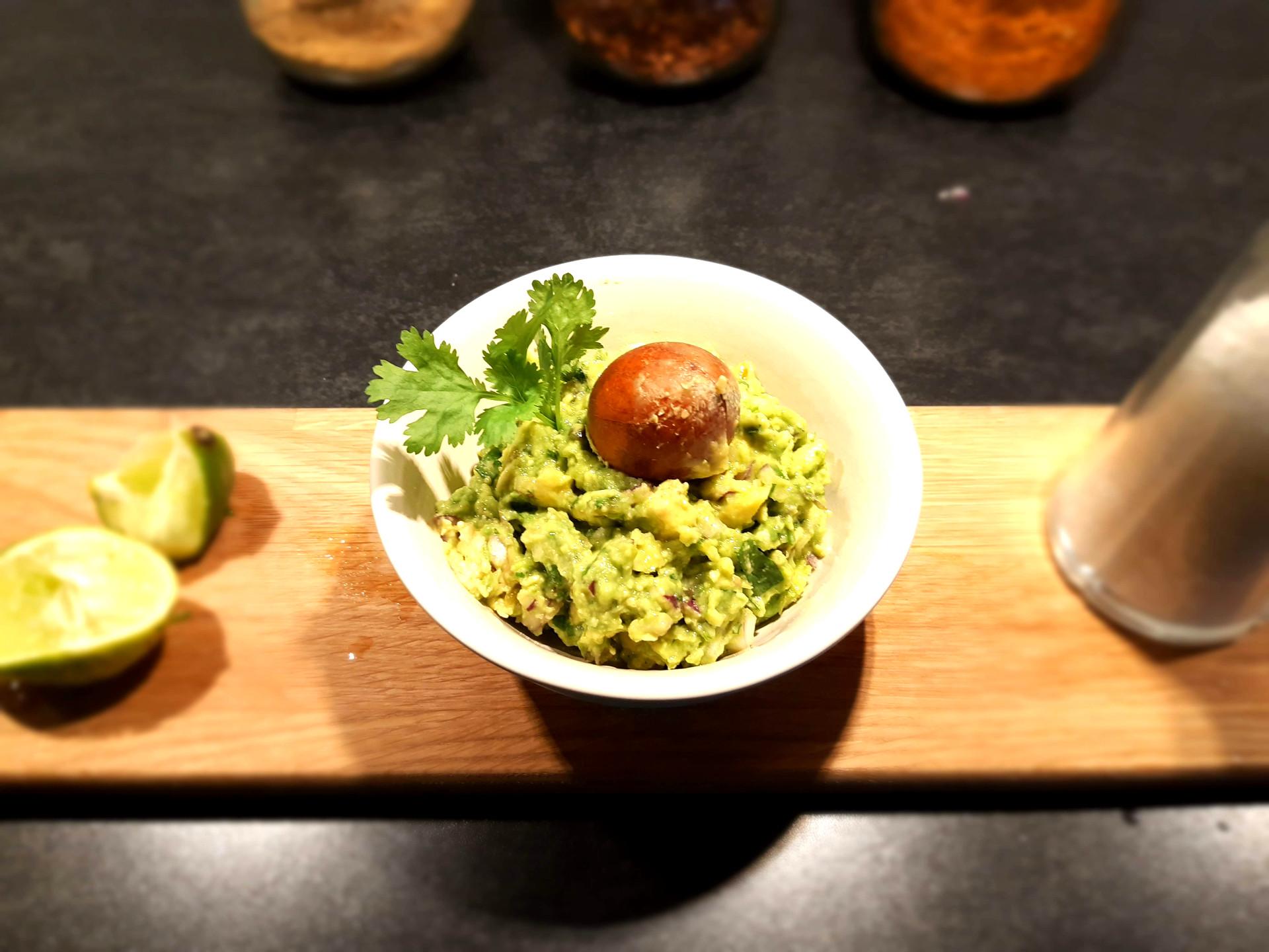 Hjemmelaget guacamole bilde for hjemmelaget guacamole oppskrift