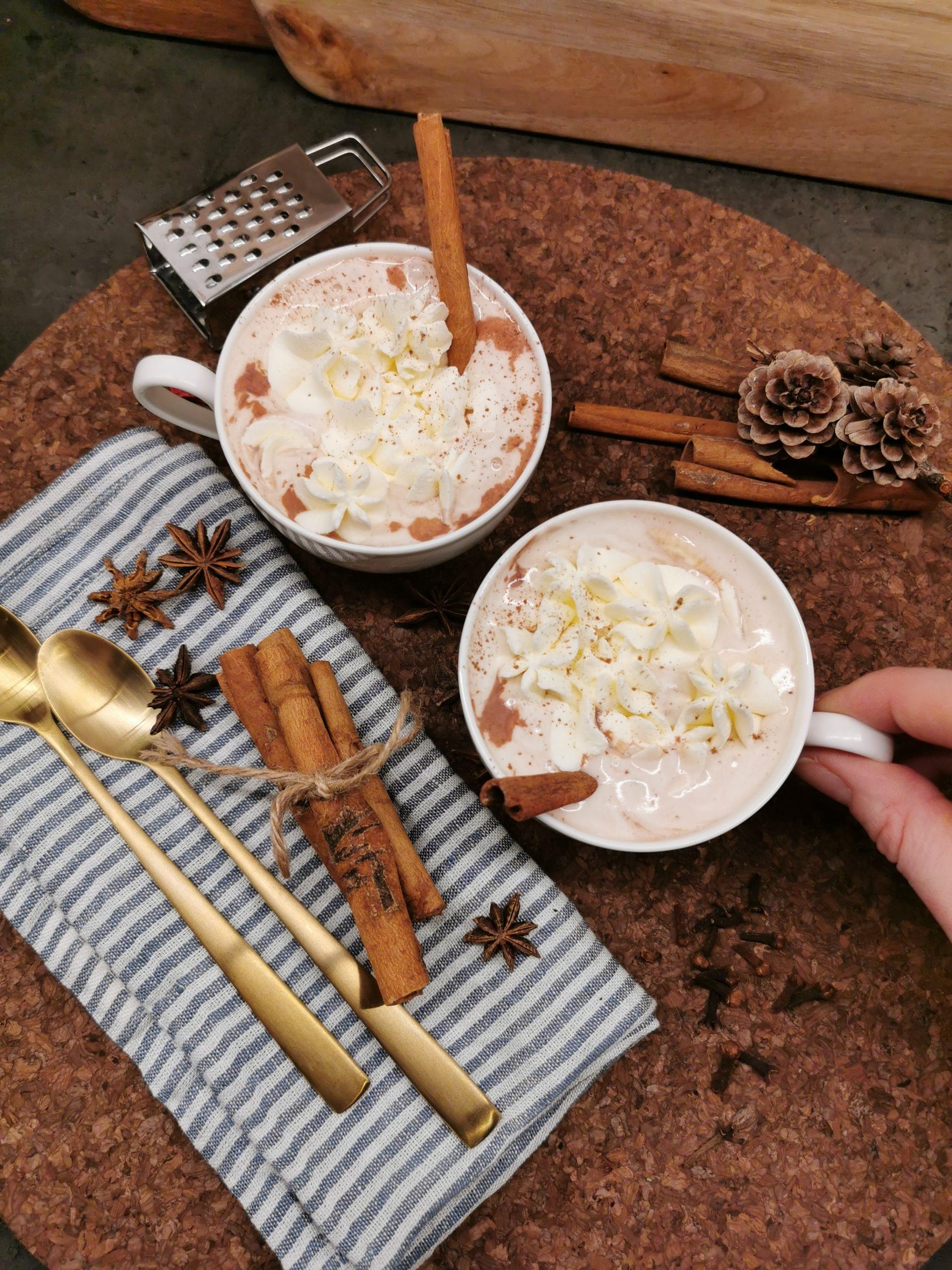 Lavkarbo varm kakao
