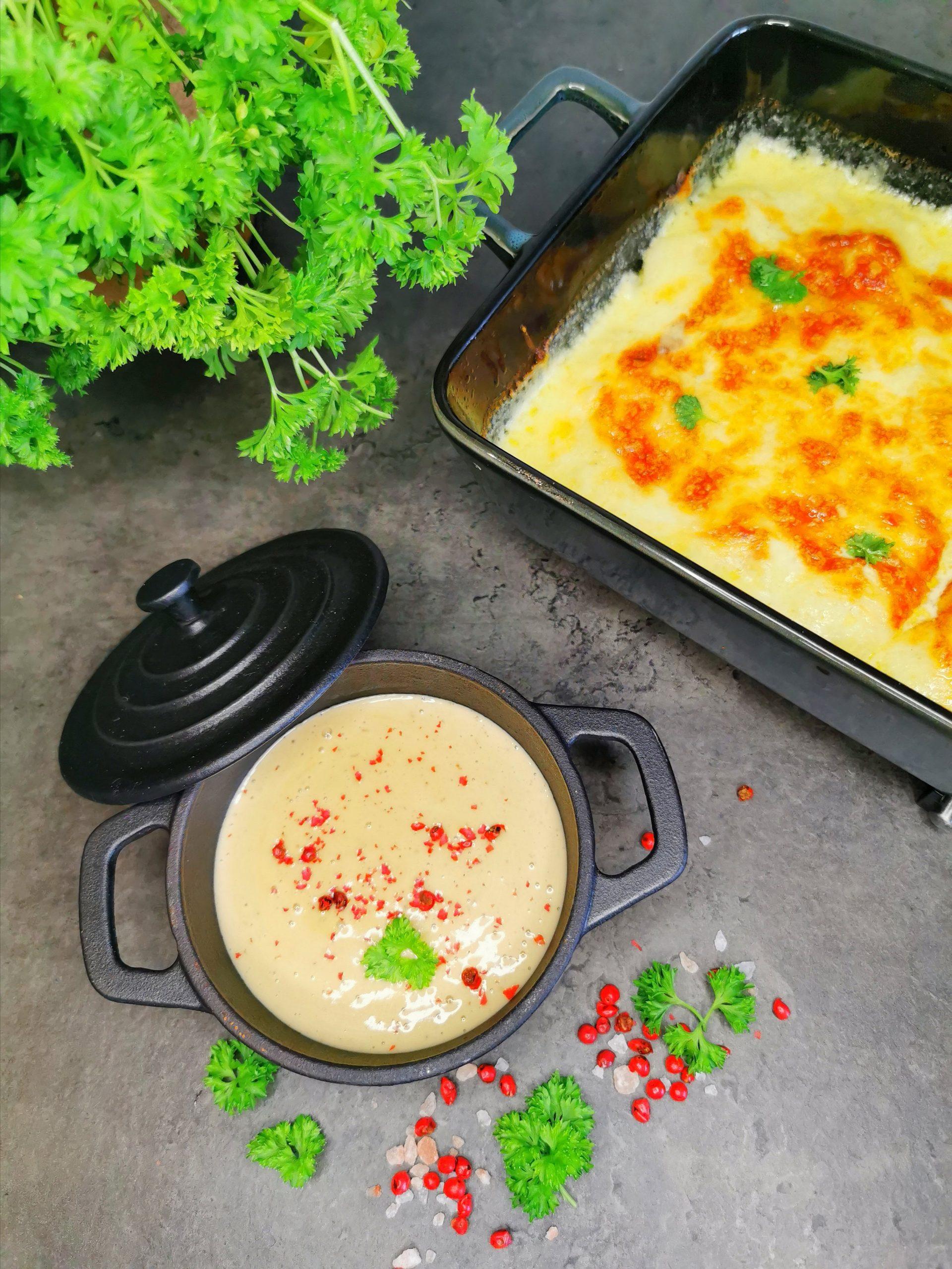 Lavkarbo entrecote med fløtegratinert sellerirot og rosépeppersaus