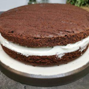 Lavkarbo saftig sjokoladekake med sjokolademoussekrem
