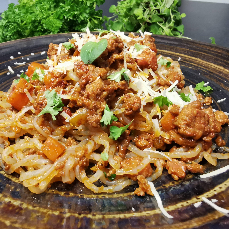Lavkarbo ragu med miracle spaghetti