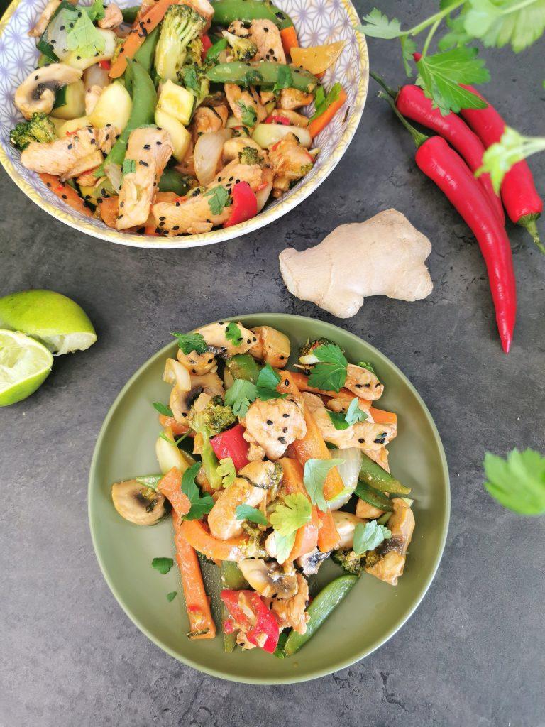 Lavkarbo kinesisk wok med persille
