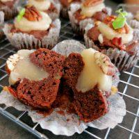 Lavkarbo sjokolademuffins med kokoskaramell