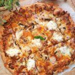 Klassisk langpannepizza i lavkarbo versjon