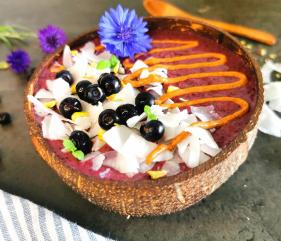 Lavkarbo proteinbowl – med blåbær og «banan»