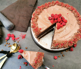 Lavkarbo saftig sjokoladekake med sjokolademousse