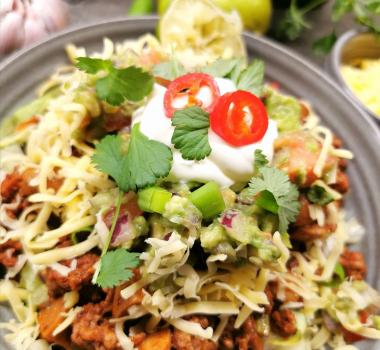 Lavkarbo tacosalat med chunky guacamole