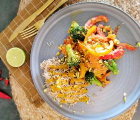 Lavkarbo vegetar wok med indisk currysaus