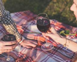Kan jeg drikke vin og slanke meg?